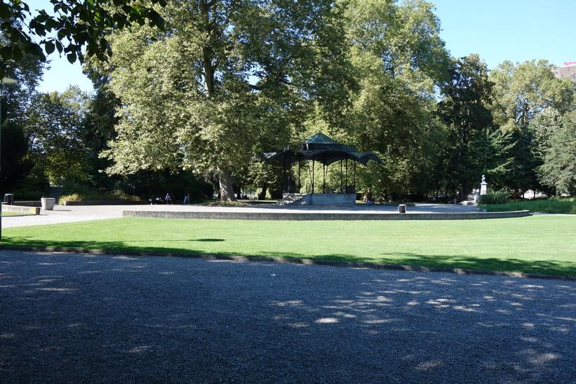 Platzspitz park, den gamla heroinparken i centrala Zürich.