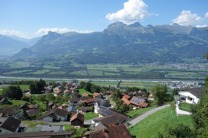 Utsikten från Triesenberg, Lichtenstein.