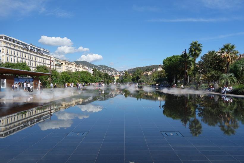 Promenade du Paillon i parken Forum Torrin & Grassi, Nice.