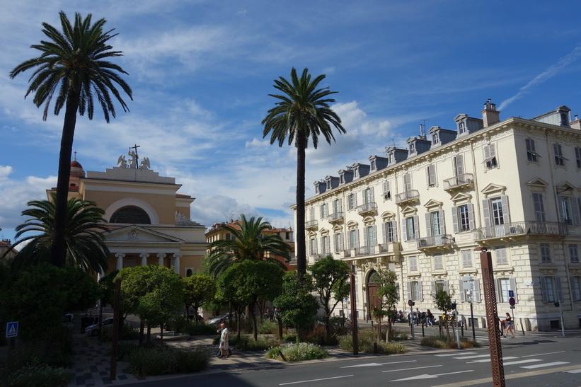 Katolska kyrkan Eglise Saint Jean-Baptiste, Nice.