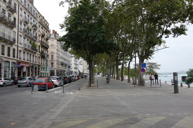 Gatuscen i centrala Lyon.