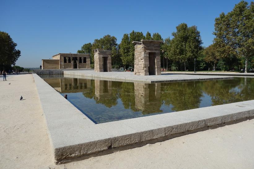 Temple of Debod, Parque del Oeste, Madrid.