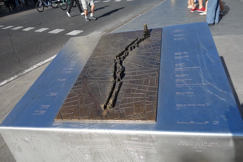 Modell av gatan Calle Gran Vía med tillhörande byggnader, Madrid.