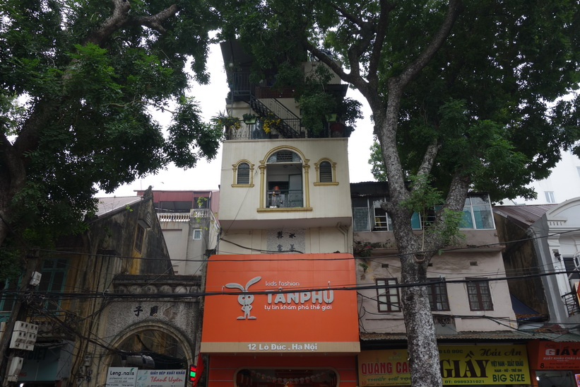 Den mycket speciella arkitekturen i centrala Hanoi.