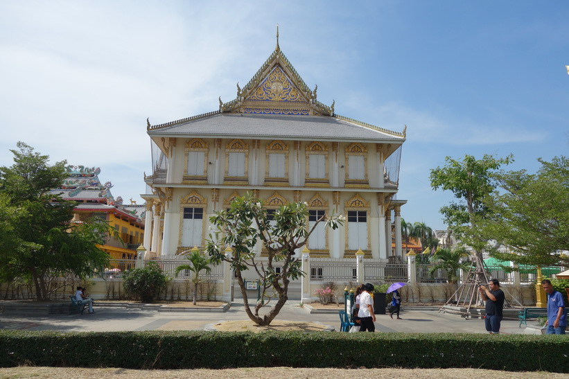 Mindre tempel vid Wat Sothorn Wararam Worawiharn, Chachoengsao.