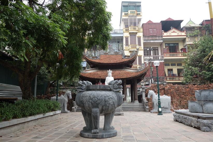 Hai Ba Trung-templets tempelgård, Hanoi.