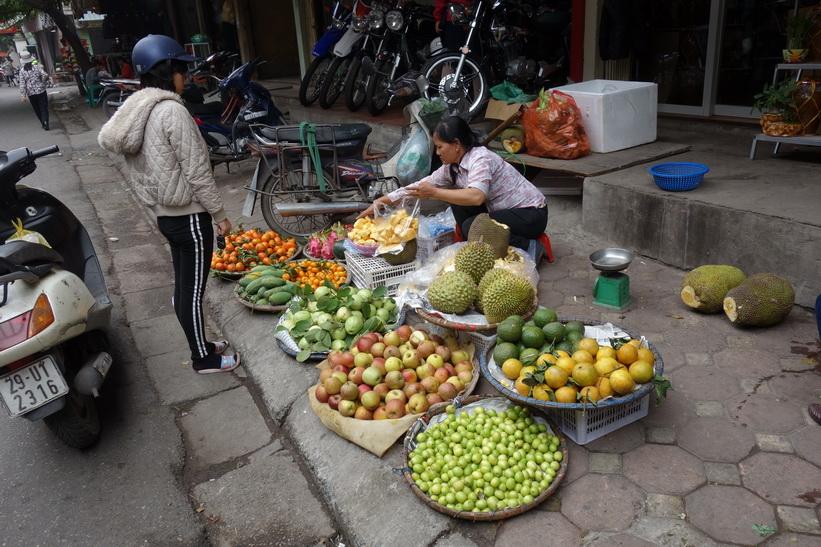 Fruktförsäljare i centrala Hanoi.