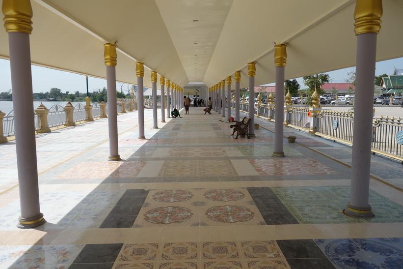 Del av Wat Sothorn Wararam Worawiharn, Chachoengsao.