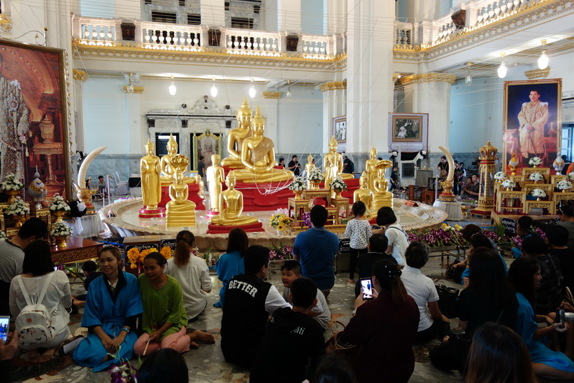Inne i Wat Sothorn Wararam Worawiharn, Chachoengsao.