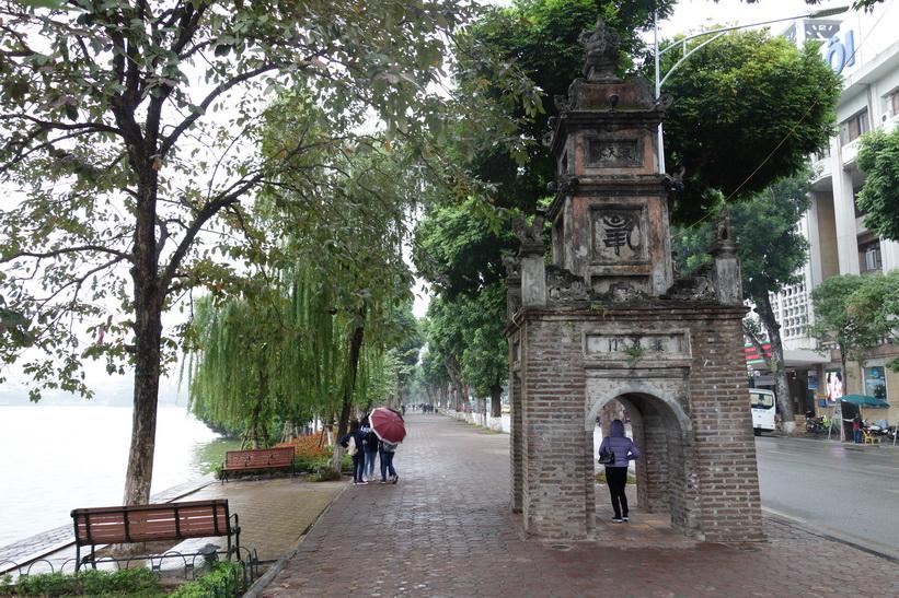 Hoa Phong Tower är det enda som finns kvar av Bao An Pagoda som byggdes på 1840-talet, Hanoi.