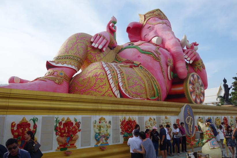 Världens största liggande Ganesh, Wat Saman Rattanaram, Chachoengsao.