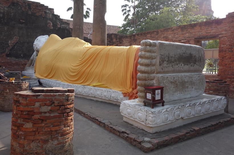 Den liggande Buddhan vid templet Wat Yai Chai Mongkhol, Ayutthaya.