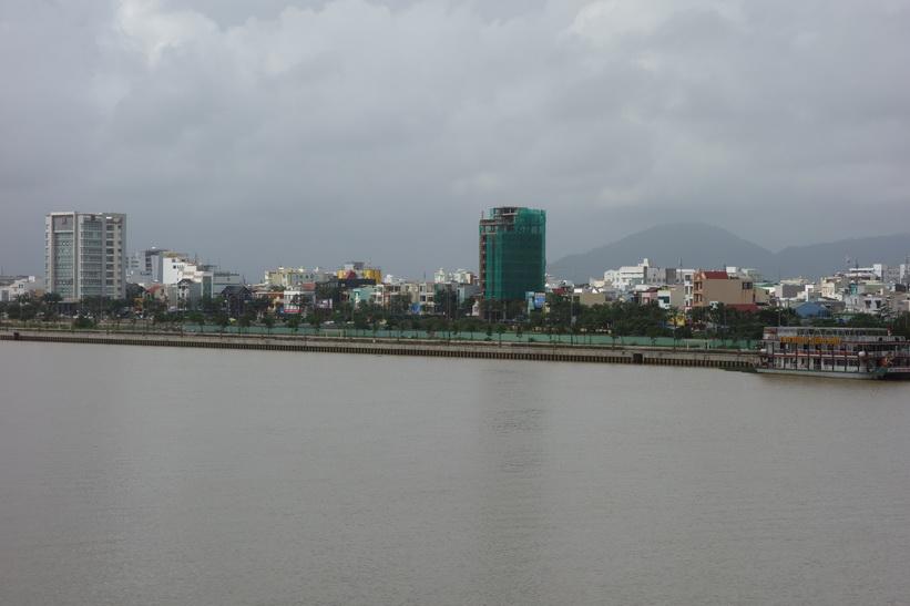 Vy över centrala Da Nang från Dragon Bridge, Da Nang.