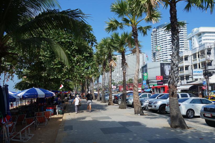 Promenaden längs Jomtien Beach, Pattaya.